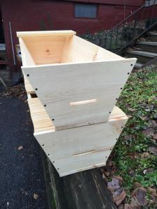 The two hives after the first assembly.