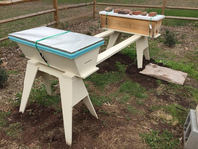 150409b Hive Stand